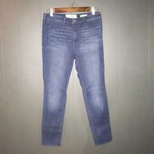 Hollister 9 SHORT high rise jean legging dark wash